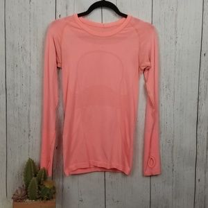 Lululemon long sleeve top size 6